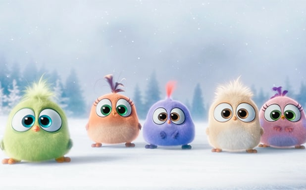 Angry Birds Movie S Adorable Hatchlings Forget The Words To Deck The Halls Video