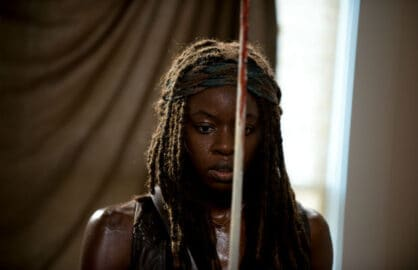 walking-dead-danai-gurira-sword