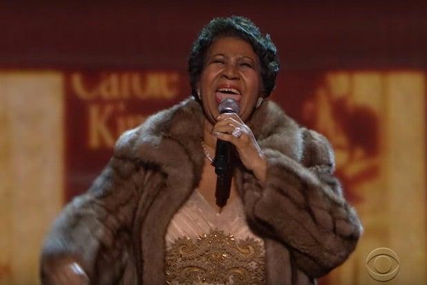 Aretha Franklin Makes Obama Shed Tear During Performance