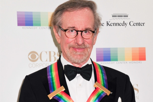 WASHINGTON, DC - DECEMBER 06: Producer/Director Steven Spielberg arrives at the 38th Annual Kennedy Center Honors Gala at the Kennedy Center for the Performing Arts on December 6, 2015 in Washington, DC.  (Kris Connor/Getty Images)