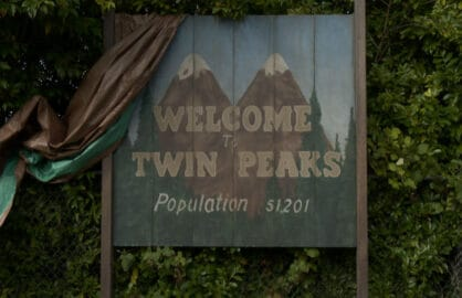 twin peaks sign