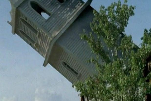 walking-dead-church-tower