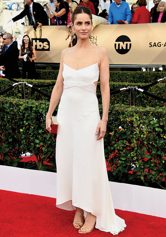 Amanda Peet arrives at SAG Awards