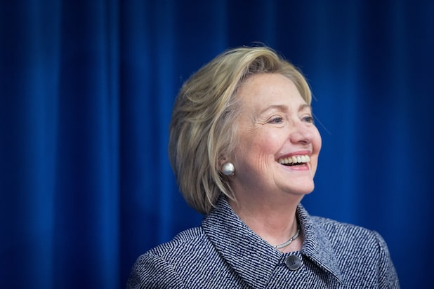 Hillary Clinton Heads to Los Angeles for Fundraisers