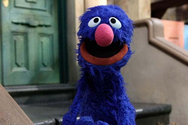 Rosita furthermore Weekly Muppet Wednesdays Sesame Street moreover 26 in addition Rosita also Which Sesame Street Character Should Pbs Send To The White House Easter Egg Roll 88bb8c8e36b4. on first bilingual muppet on sesame street rosita