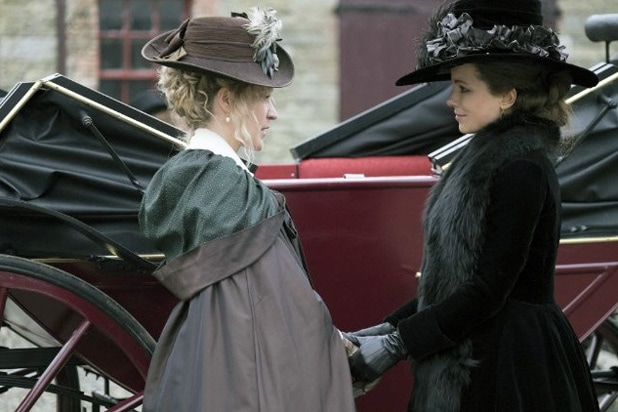 Chloe Sevigny and Kate Beckinsale, Love & Friendship