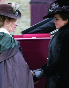 LoveandFriendship_still1_ChloeSevigny_KateBeckinsale
