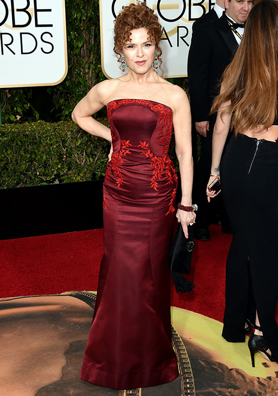 Bernadette Peters arrives at the 2016 Golden Globes