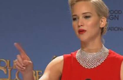Jennifer Lawrence scolds reporter at the Golden Globes