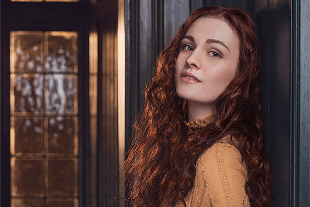 Outlander Casts Sophie Skelton