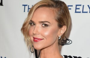 CULVER CITY, CA - JANUARY 09: Actress Arielle Kebbel attends The Art of Elysium 2016 HEAVEN Gala presented by Vivienne Westwood & Andreas Kronthaler at 3LABS on January 9, 2016 in Culver City, California. (Photo by Jason Merritt/Getty Images for Art of Elysium)