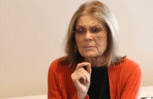 Gloria Steinem apologizes Bernie Sanders young women