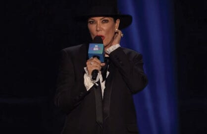 Kris Jenner Booed on stage