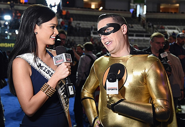 Miss Universe and super hero Jeff Sutphen at Super Bowl 50 Media Night .jpg