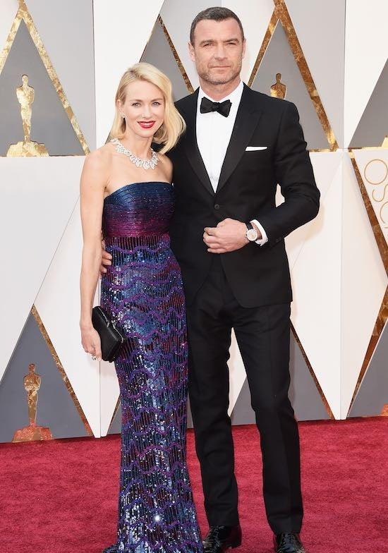 Naomi Watts (L) and Liev Schreiber