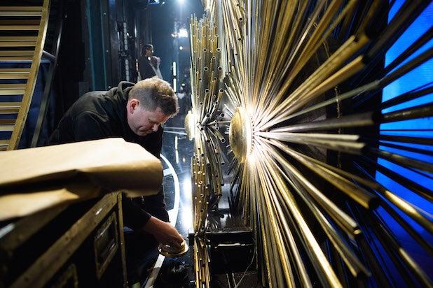 Oscars stagehand