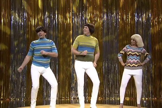will ferrell christina aguilera get into tight pants with