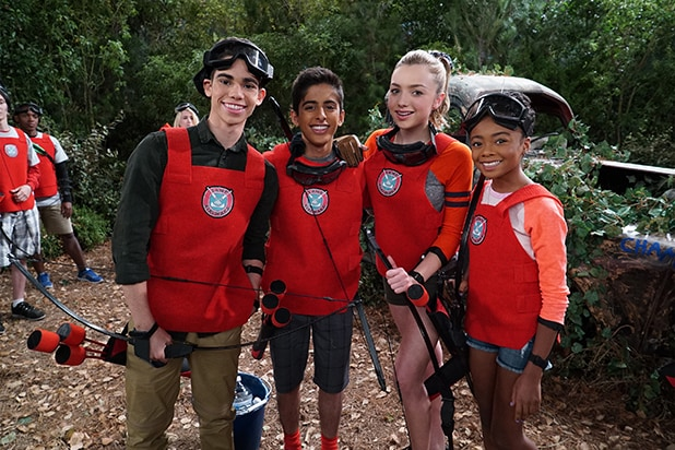 Jessie Stars Reunite For Bunkd Throwback Exclusive Video