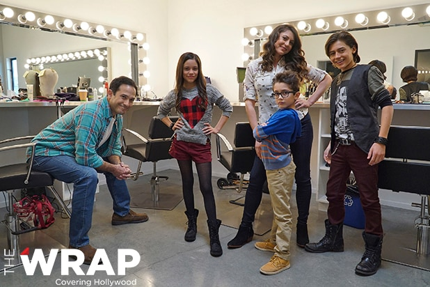 Disney Channel Renews 'Elena of Avalor' for Season 2