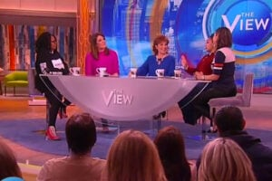 The View February 8 2016