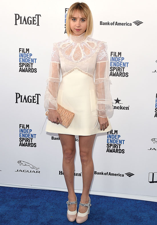 Zoe Kazan arrives at the 2016 Spirit Awards