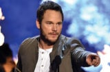 Chris Pratt builds giant Easter cross