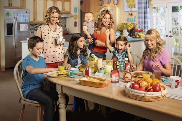 Fuller House 5 Things To Love About The Show Critics Hated