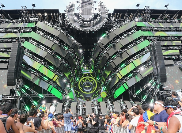 Ultra Main Stage 2016