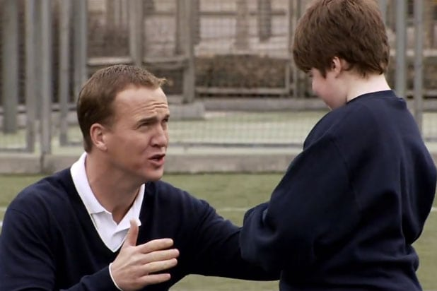 Peyton Manning SNL Saturday Night Live United Way