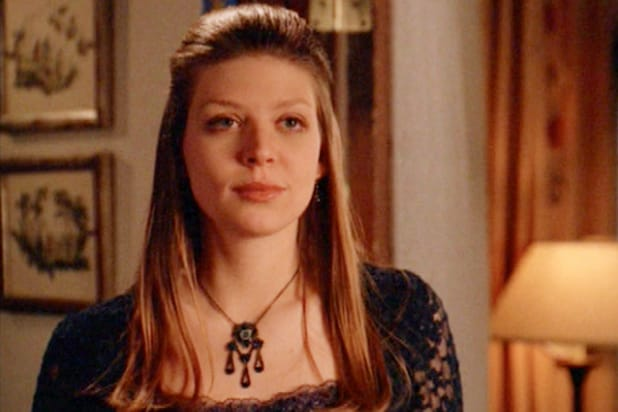 16 Ways Lesbians Have Been Killed Off On Popular Tv Shows
