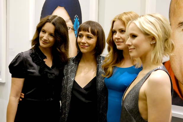 Kristin Davis, Rashida Jones, Amy Adams and Kristen Bell attend the opening of REFUGEE Exhibit