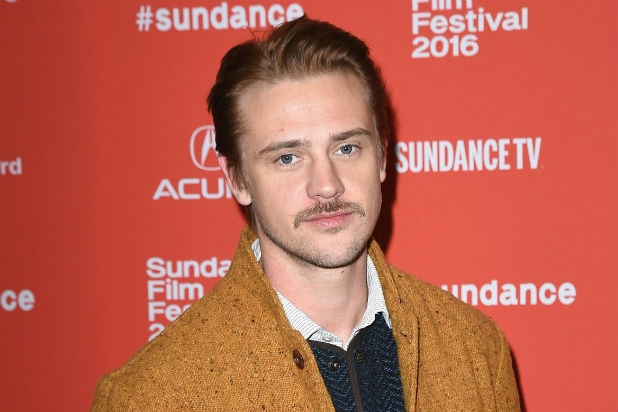 f262f8e9b532 Boyd Holbrook Says He s  Proud of  Olivia Munn s Handling of  Predator  Sex  Offender Situation