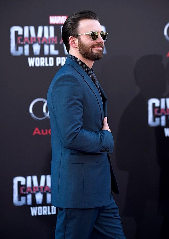 Chris Evans attends the premiere of Marvel's Captain America: Civil War