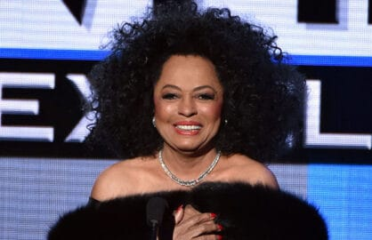 Diana Ross involved in car accident