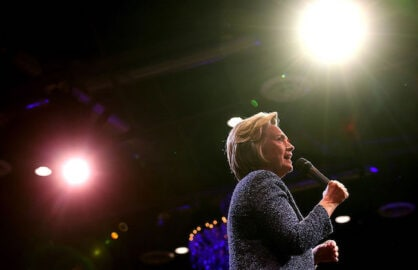 Hillary Clinton to Hold LA Fundraiser on Cinco de Mayo