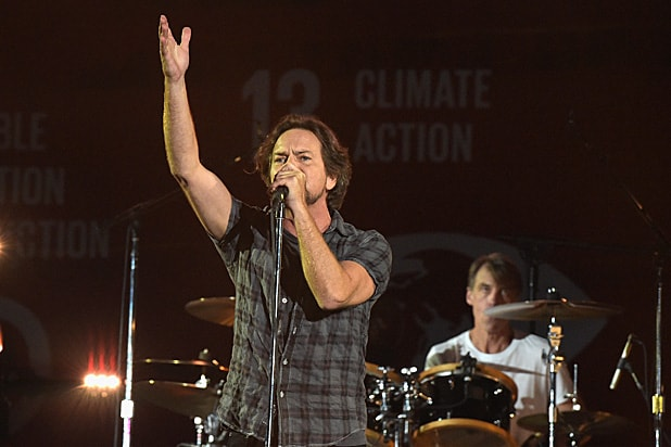 Pearl Jam, Boston Cancel North Carolina Gigs Over Anti-LGBT Law