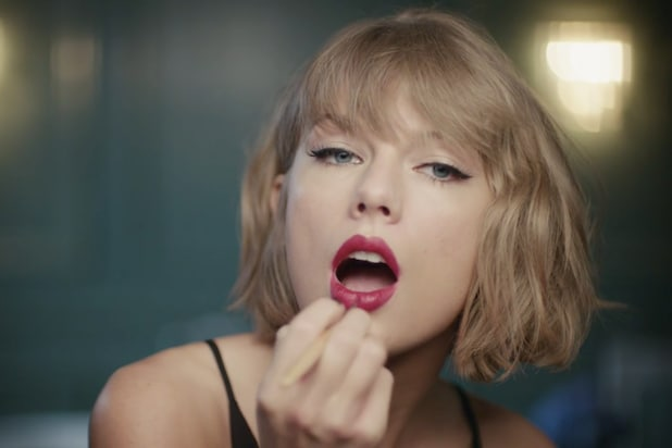 Taylor Swift in an Apple Music ad