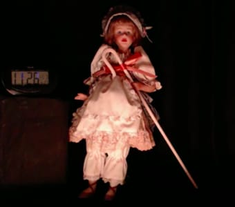"""Ann"" is said to be a haunted doll, being livestreamed for two weeks"