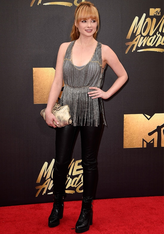 ashley rickards mtv movie awards
