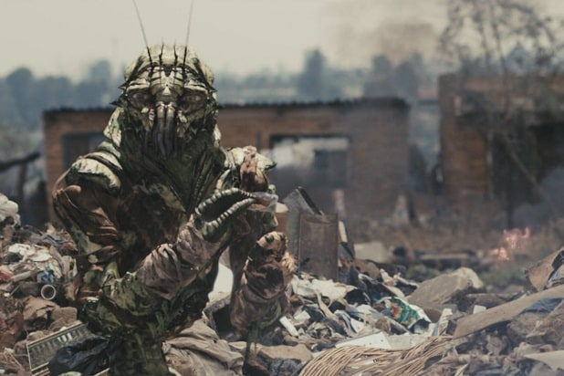 district 9 aliens astonishing cgi creations
