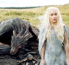 Game of Thrones SEason 6 Daenerys Emilia Clarke