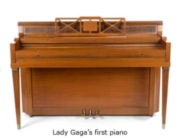 lady gaga piano