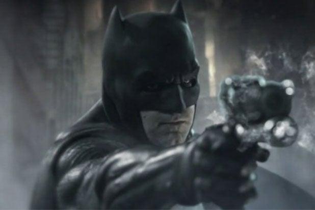 Batsuit Revealed Ben Affleck 'Justice League' First...
