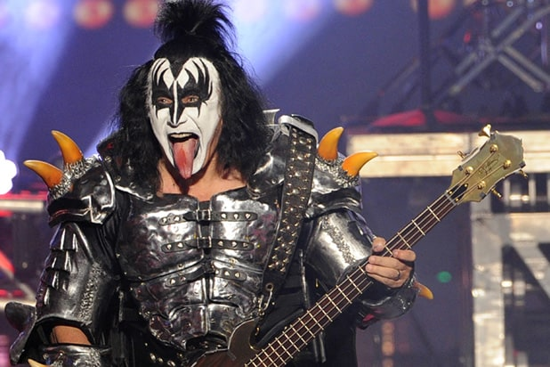 gene simmons wants to trademark rock 39 s iconic 39 horns 39 hand gesture. Black Bedroom Furniture Sets. Home Design Ideas