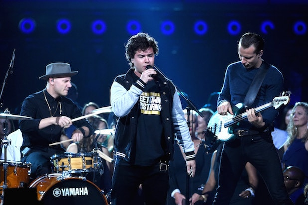 lukas graham billboard music awards