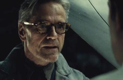 "Jeremy Irons admits ""Batman v Superman"" was bashed ""deservedly"" by critics"