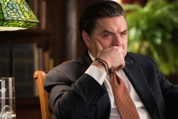 Oliver Platt as Reese Dipple