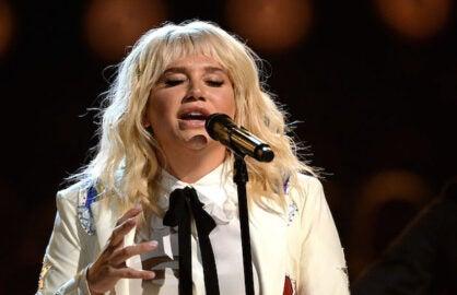 Kesha Rips Donald Trump For Body Shaming Ex Miss Universe
