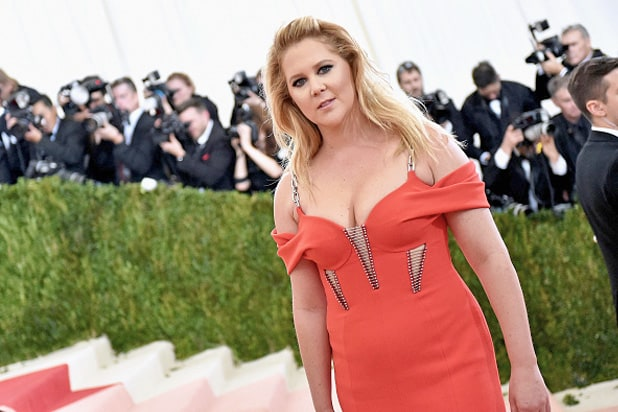 Amy Schumer Discusses Kurt Metzger Controversy in Charlie Rose Interview