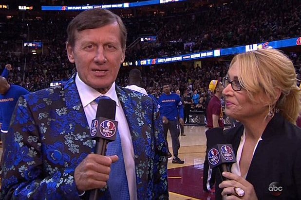 Craig Sager's Colorful Suit Dominates the NBA Finals Game 6